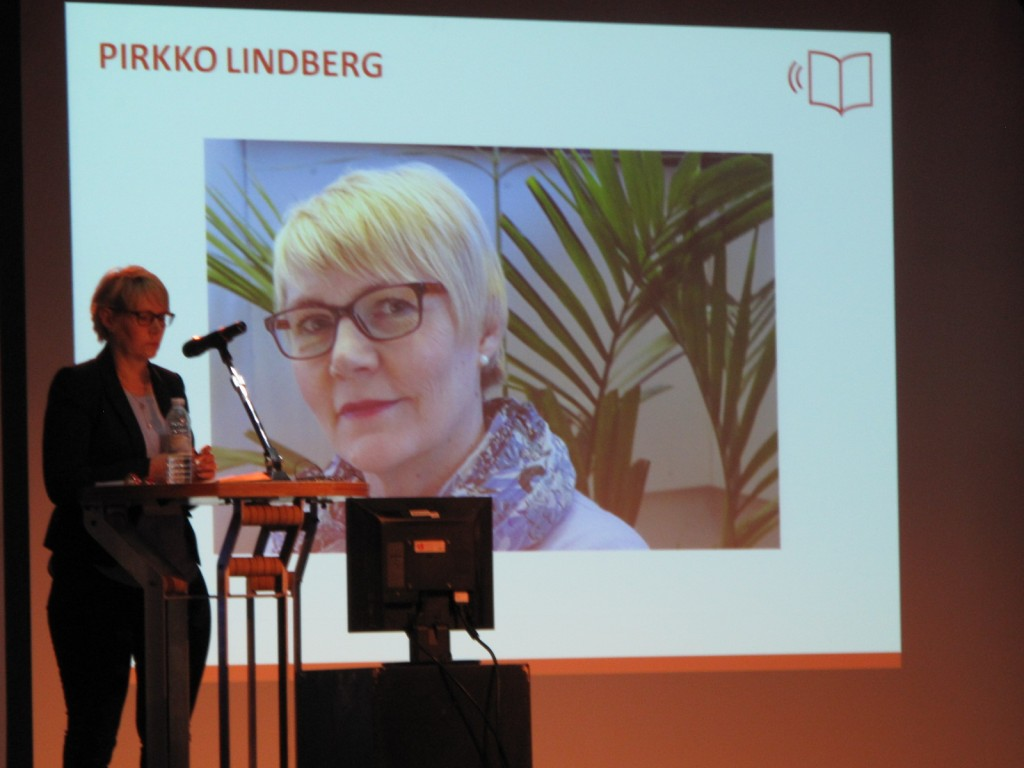 La conférencière Pirkko Lindberg