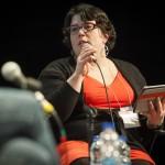 Animatrice de la table ronde sur le rôle des médias